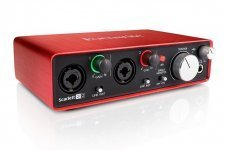 Аудіоінтерфейс Focusrite Scarlett 2i2 NEW + навушники Numark HF125 DJ в подарунок