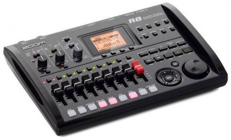 Цифровой рекордер Zoom R8